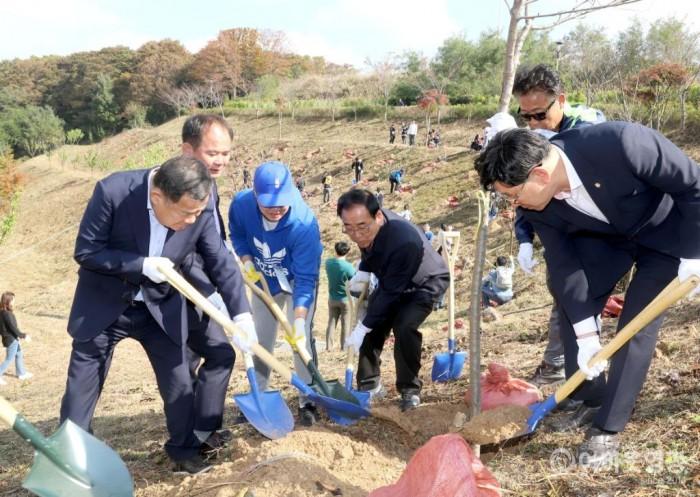 영광군, 2019년 제2차 신생아 탄생기념 나무심기 행사  2.JPG