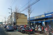도로 무단점용한 오토바이…장기간 노상적치 피해 '심각'